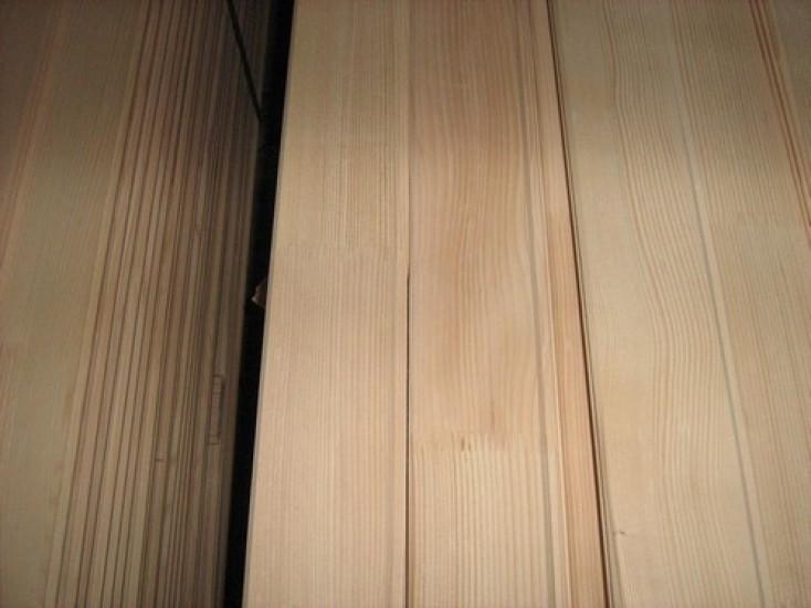 Lambriu din lemn masiv
